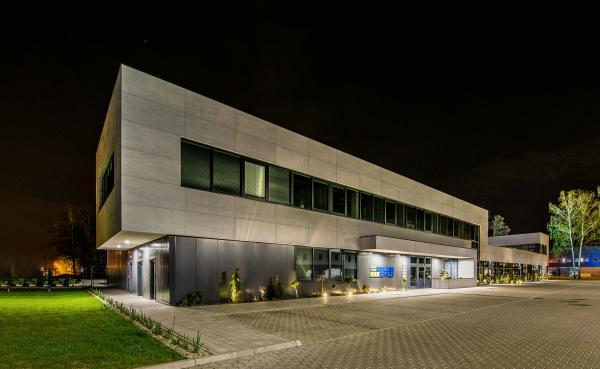 Budynek biurowo-magazynowo-wystawowy